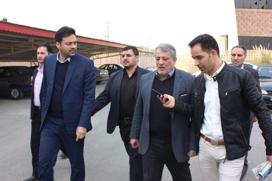 22 بهمن ، رئیس شورای شهر تهران در جمع راهپیمایان