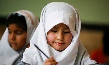 چه گروه هایی از اتباع غیرمجاز می توانند در مدرسه تحصیل نمایند؟