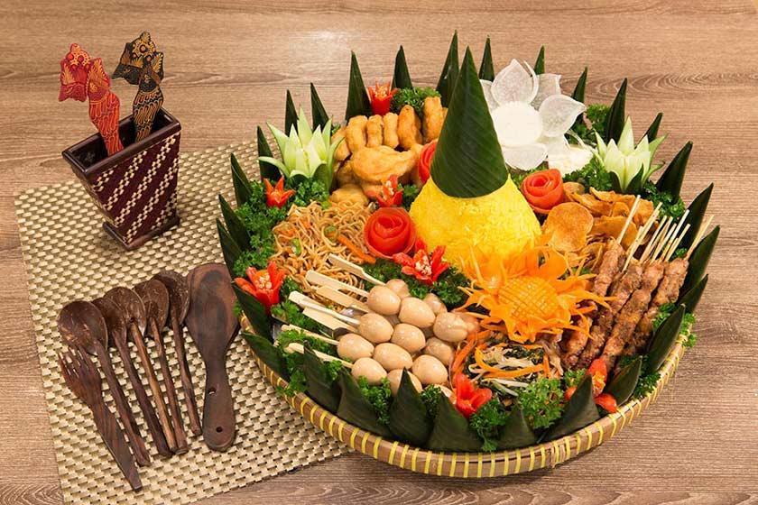 غذاهای محلی جاکارتا، از ناسی اودوک تا سالاد گادو گادو