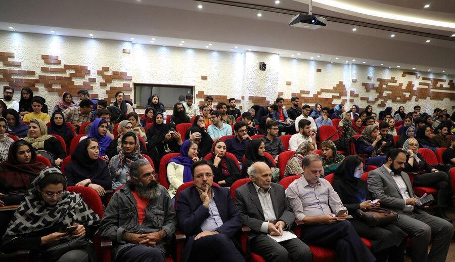 امیدوارم تهران نماد فلسفه و تفکر شود