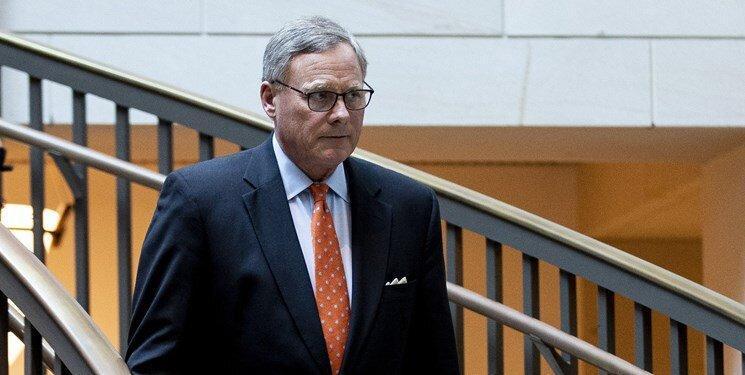 رئیس کمیته اطلاعاتی سنای آمریکا کناره گیری کرد