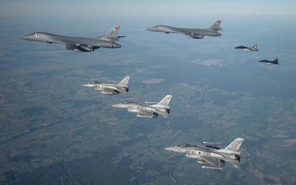 اعزام 30 فروند اف-16 آمریکا به لهستان و آلمان برای حمایت از ناتو
