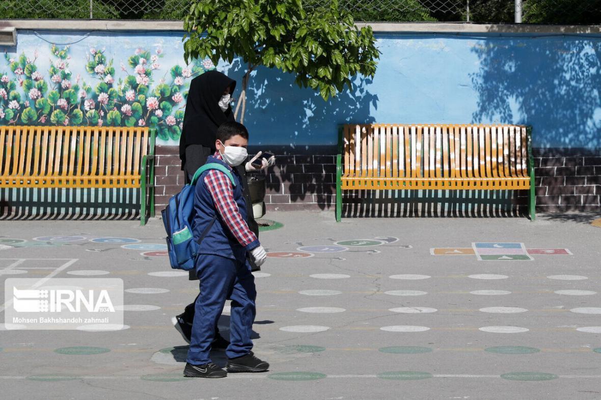 خبرنگاران نواخته شدن زنگ شروع سال تحصیلی جدید خوزستان در 15 شهریور