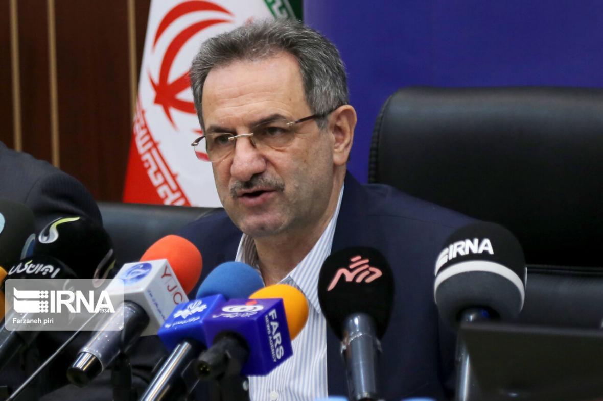خبرنگاران استاندار تهران: برای دورکاری کارمندان منتظر موافقت وزارت کشور هستیم