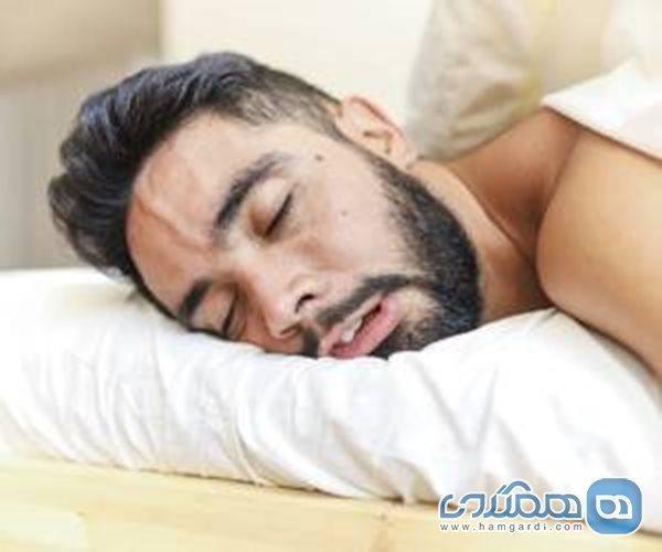 علل و خطرات خوابیدن با دهان باز