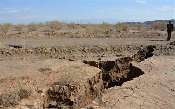شرایط بحرانی فرونشست زمین در منطقه ورامین