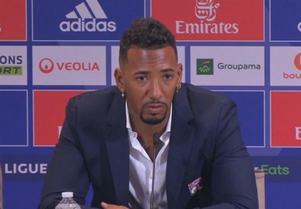 بواتنگ: به خاطر مسی به لوشامپیونه نیامده ام، فعلاً به دعوت شدن به تیم ملی فکر نمی کنم